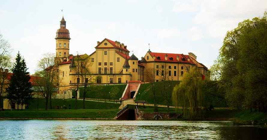 ทัวร์ยุโรป,ทัวร์เอสโตเนีย,ทัวร์ลัตเวีย,ทัวร์ลิทัวเนีย,ทัวร์เบลารุส,ปราสาทเนสวิชห์,Nesvizh Cast