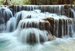 ทัวร์เอเชีย น้ำตกตาดกวางสี น้ำตกที่สวยที่สุดแห่งหลวงพระบาง