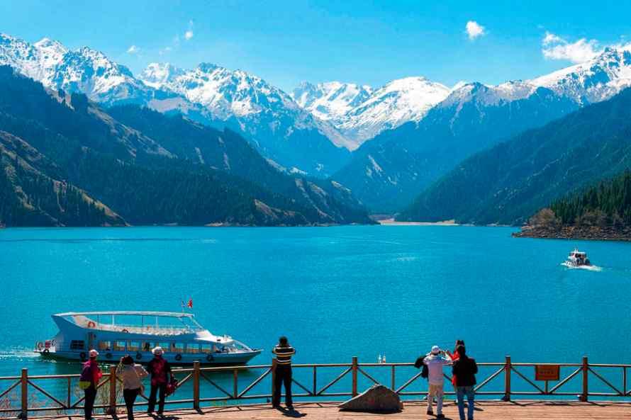 ทัวร์ทะเลสาบเทียนซาน