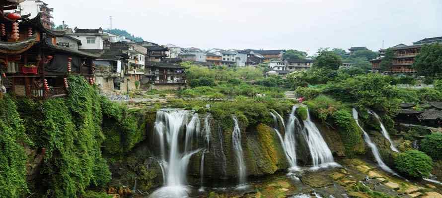 ทัวร์จางเจียเจี้ย เมืองฟู๋หรงเจิ้น